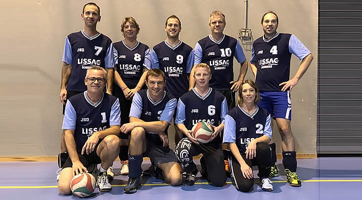 Volley-Ball - Équipe 2 : Loisirs - étendard de la Talaudière